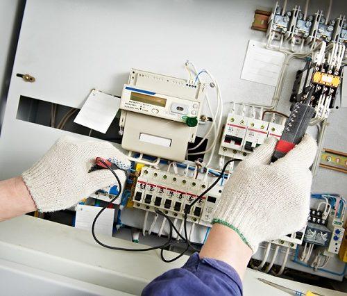 dépannage électricien industriel